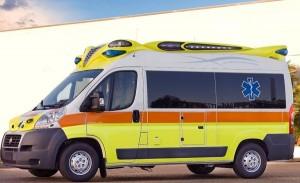 Bus urta auto in via Famagosta