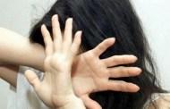 Sampierdarena, prende a bastonate la compagna e la figliastra: arrestato