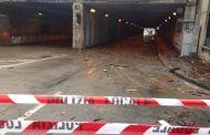 Maltempo a Genova - Sottopasso di Brignole chiuso per allagamento