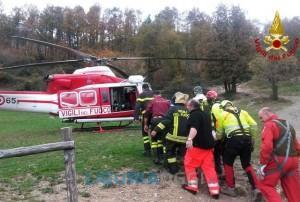 23enne vola dal viadotto con il trattore, ferito