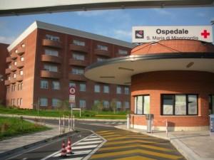 Nella foto, il presidio ospedaliero di Albenga