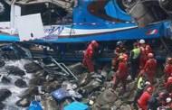 Perù, bus precipita in un burrone alla Curva del Diavolo: 48 morti