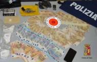 Un chilo di cocaina, due pistole e diecimila euro in contanti: due in manette