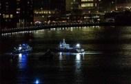 New York - Elicottero precipita nell'East River: cinque morti. Salvo solo il pilota