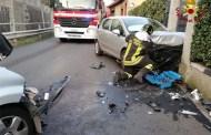 Fezzano, scontro frontale tra due auto: due feriti