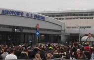 Incendio all'aeroporto di Ciampino, passeggeri evacuati e voli cancellati