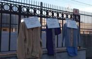 Sestri, il muro della gentilezza per i senza tetto: giacche e scarpe per combattere il freddo