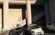 Pegli, sgomberato insediamento abusivo sotto il ponte ferroviario di via Loano
