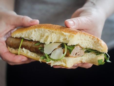 hot dog s pecenicom (1)