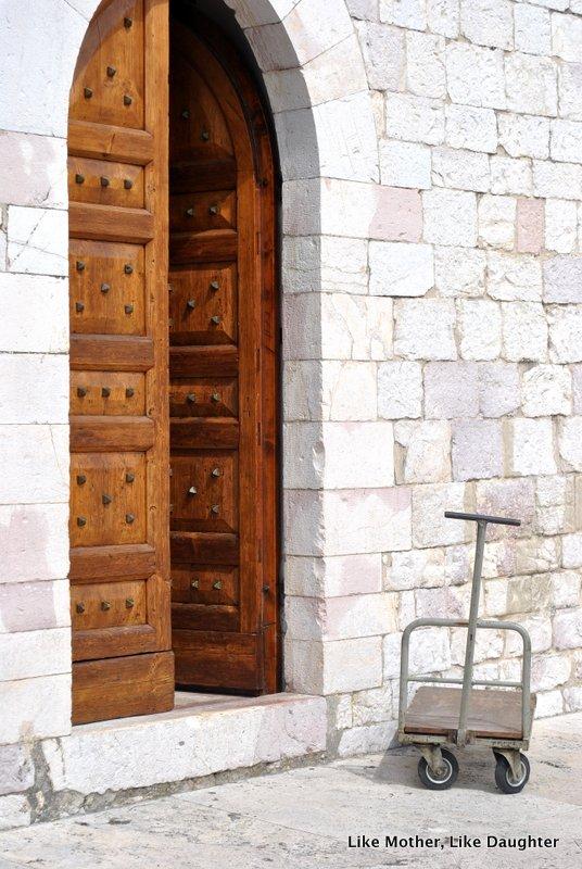 A door in Assisi
