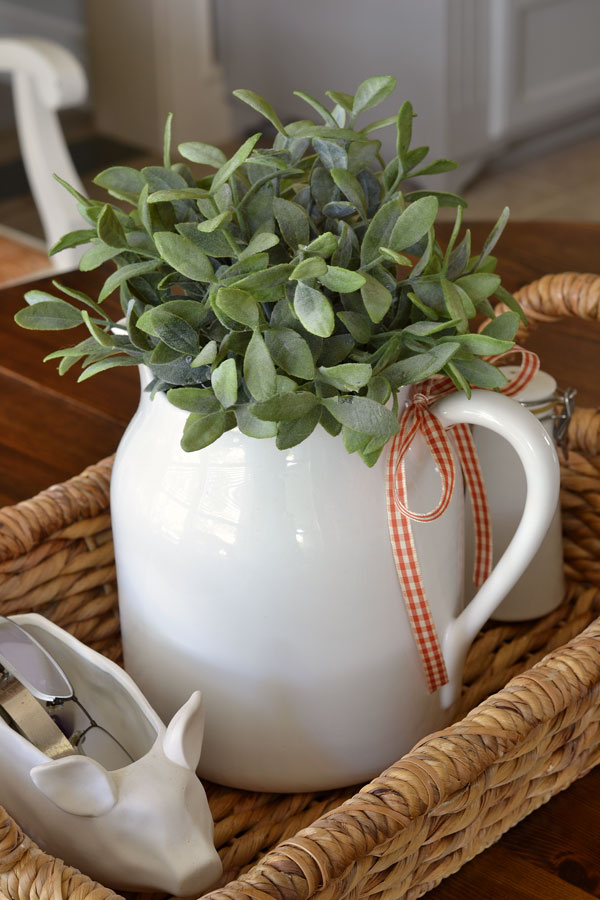 white-pitcher-with-fall-ribbon
