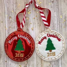 ITH Christmas 2018 Ornament 4×4 and 5×7 included- Embroidery Design – DIGITAL Embroidery DESIGN