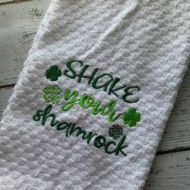 Shake your Shamrock 4×4 and 5×7 Digital Embroidery Design