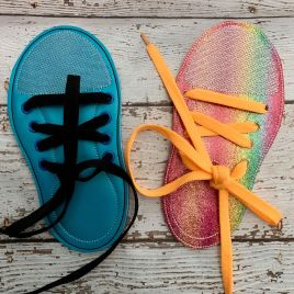 ITH – Learn to Ties Shoe Felties – 5×7- Digital Embroidery Design