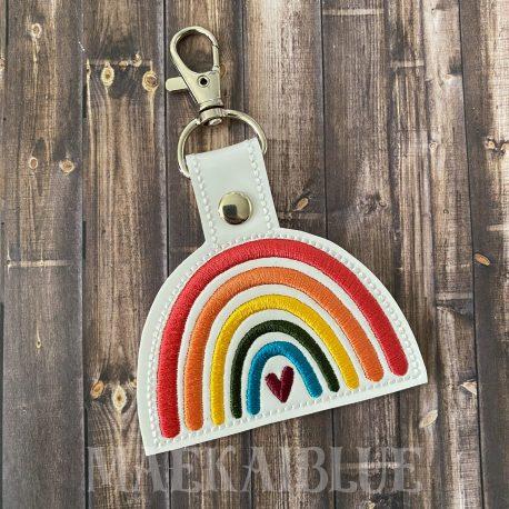 LL-Boho-Heart-Rainbow-3M-2