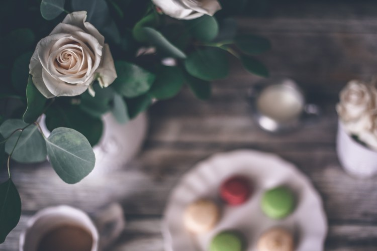 Sunday Macarons and Roses