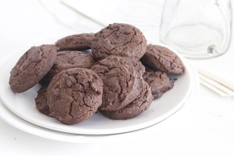 Perfect Chocolate Fudge Cookies