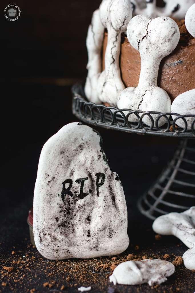 Haunted Bone Church Halloween Chocolate Cake | lilcupcakemonkey.com