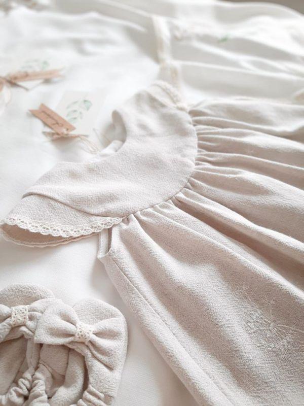 sukienka-dla-dziecka-jasny-bez-na-chrzciny-roczek-babyshower-lato-swieta-buciki-niechodki-bamboszki-tuptutki-szyte-w-polsce-lilen