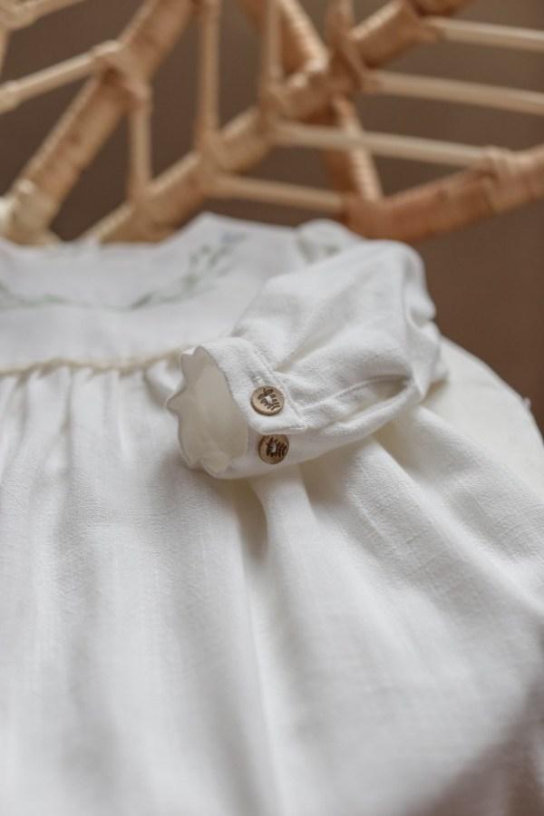 biala-ecru-sukienka-na-chrzest-z-dlugim-rekawem-handmade-boho-produkt-polski-lilen-bohoswing