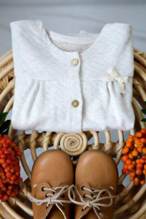 cieply-rozpinany-sweter-niemowlecy-dzieciecy-jasne-kolory-rozpinany-lilen