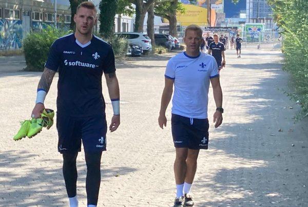 Marcel Schuhen rechts und Markus Anfang, SV Darmstadt 98
