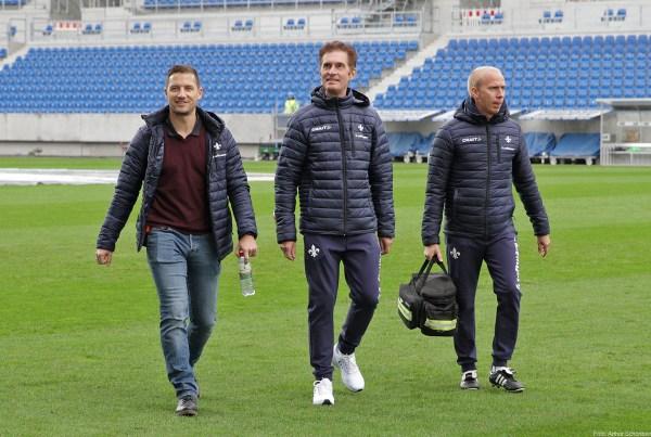 Michael Stegmayer, Teamarzt Ingo Schwinnen und Physiotherapeut Sebastian Pommer (von links), SV Darmstadt 98