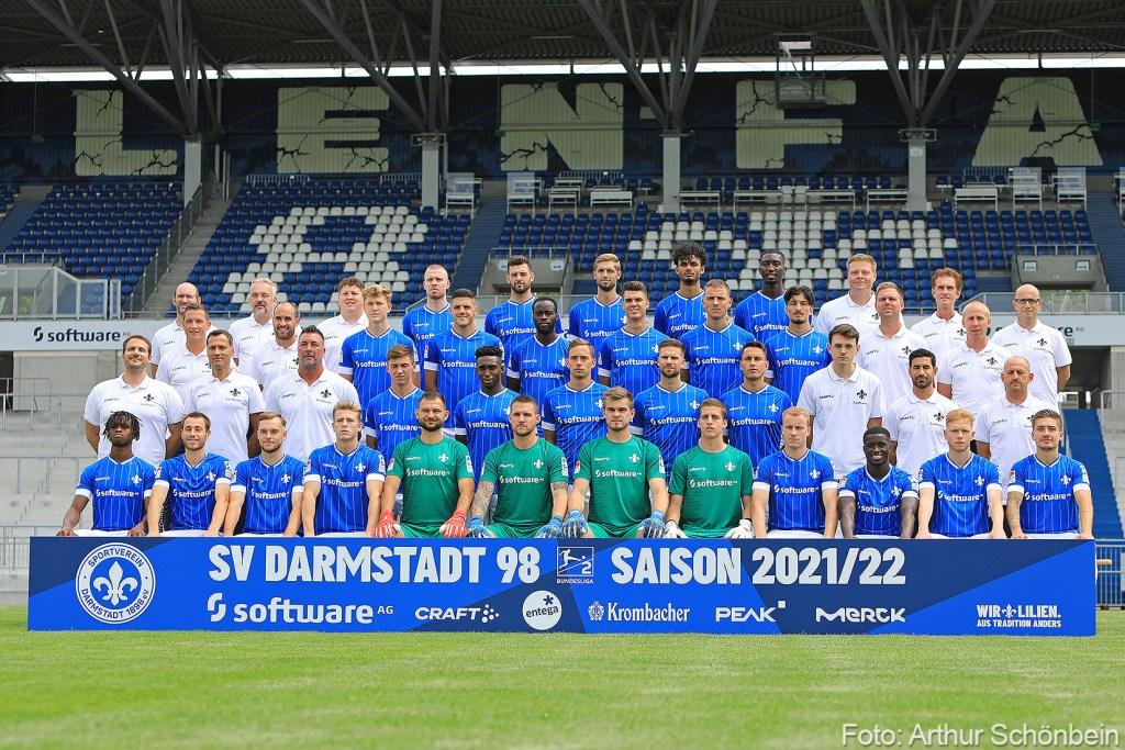 SV Darmstadt 98 Mannschaftsfoto Mediaday 2021-2022