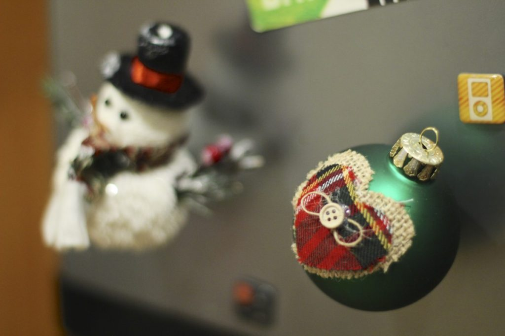 DIY Magnet Ornaments