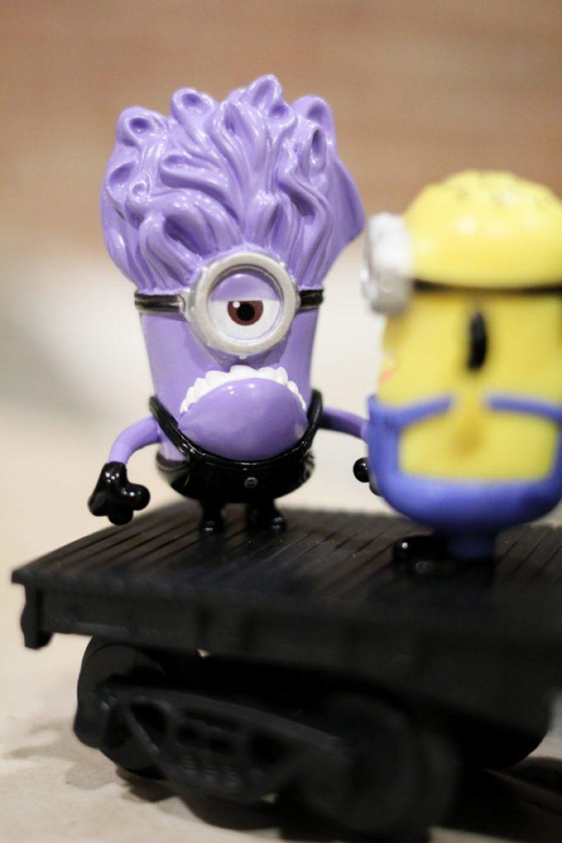 100 purple minions despicable u2013 minions cake