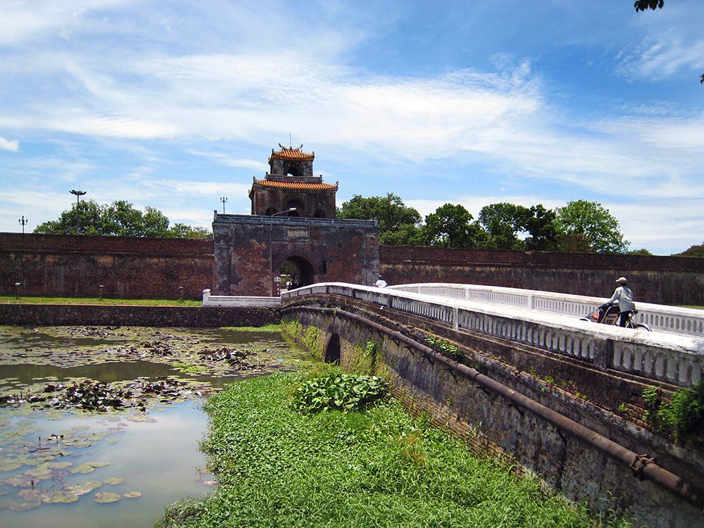 City guide Hue Vietnam, Imperial city and Perfume river