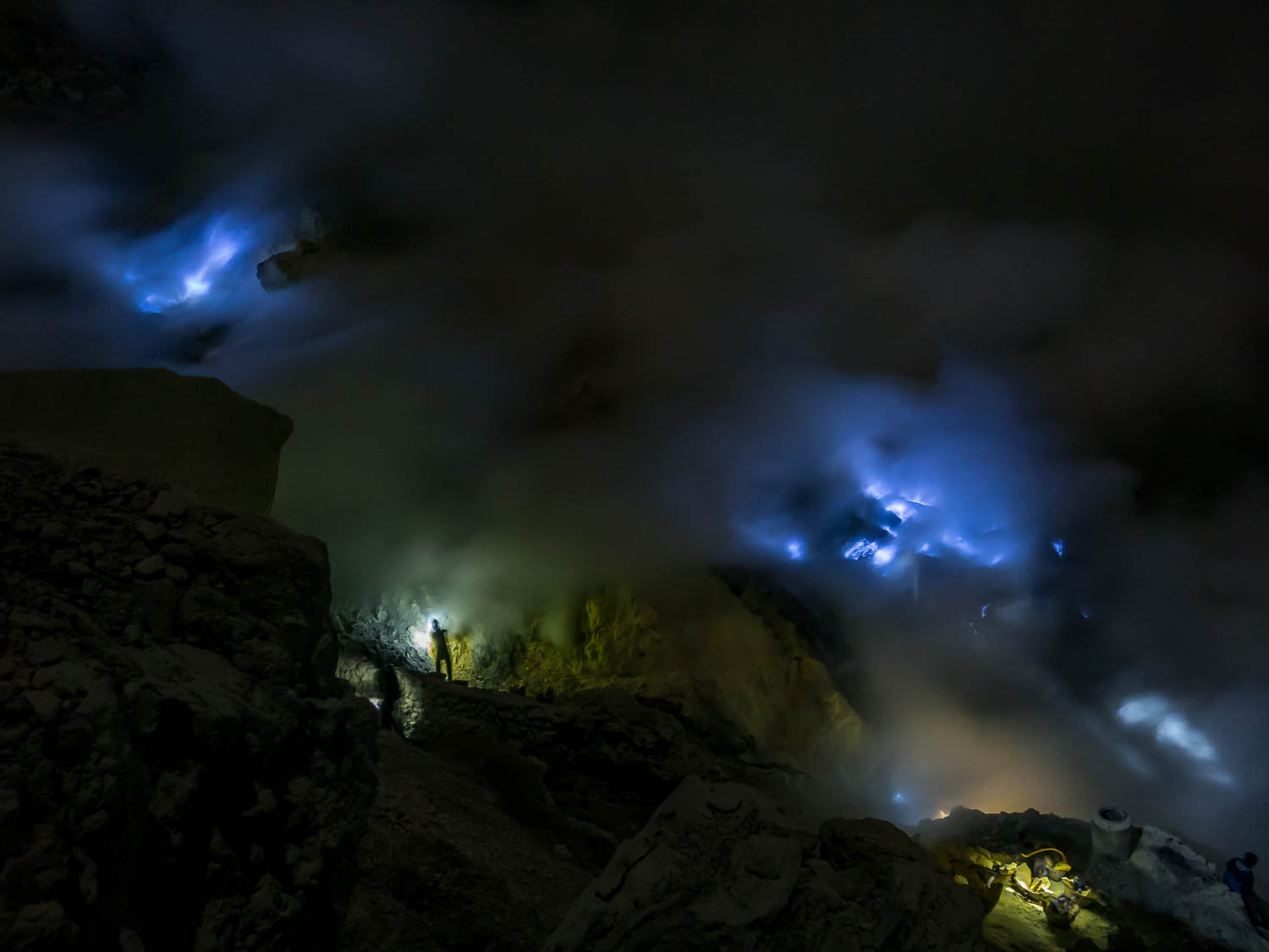 Why you should visit the sulphur mine of Kawah Ijen, Java, Indonesia - Mount Ijen