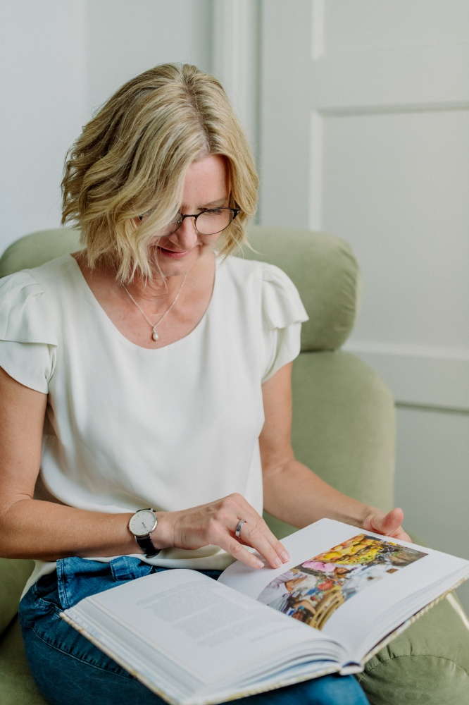Ernährungsberaterin Migräne München Brandingfotos Frau liest
