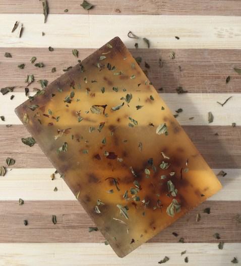 Soak N Suds Peppermint and Aloe Soap