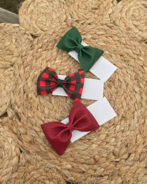 Small Pinch Bows