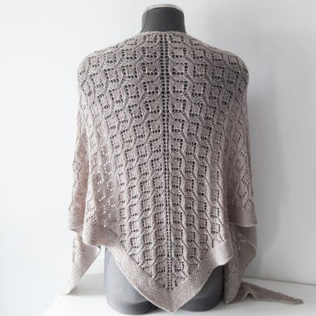 Lesi shawl 1