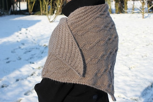 modele de tricot de chale Mokka de Lilofil