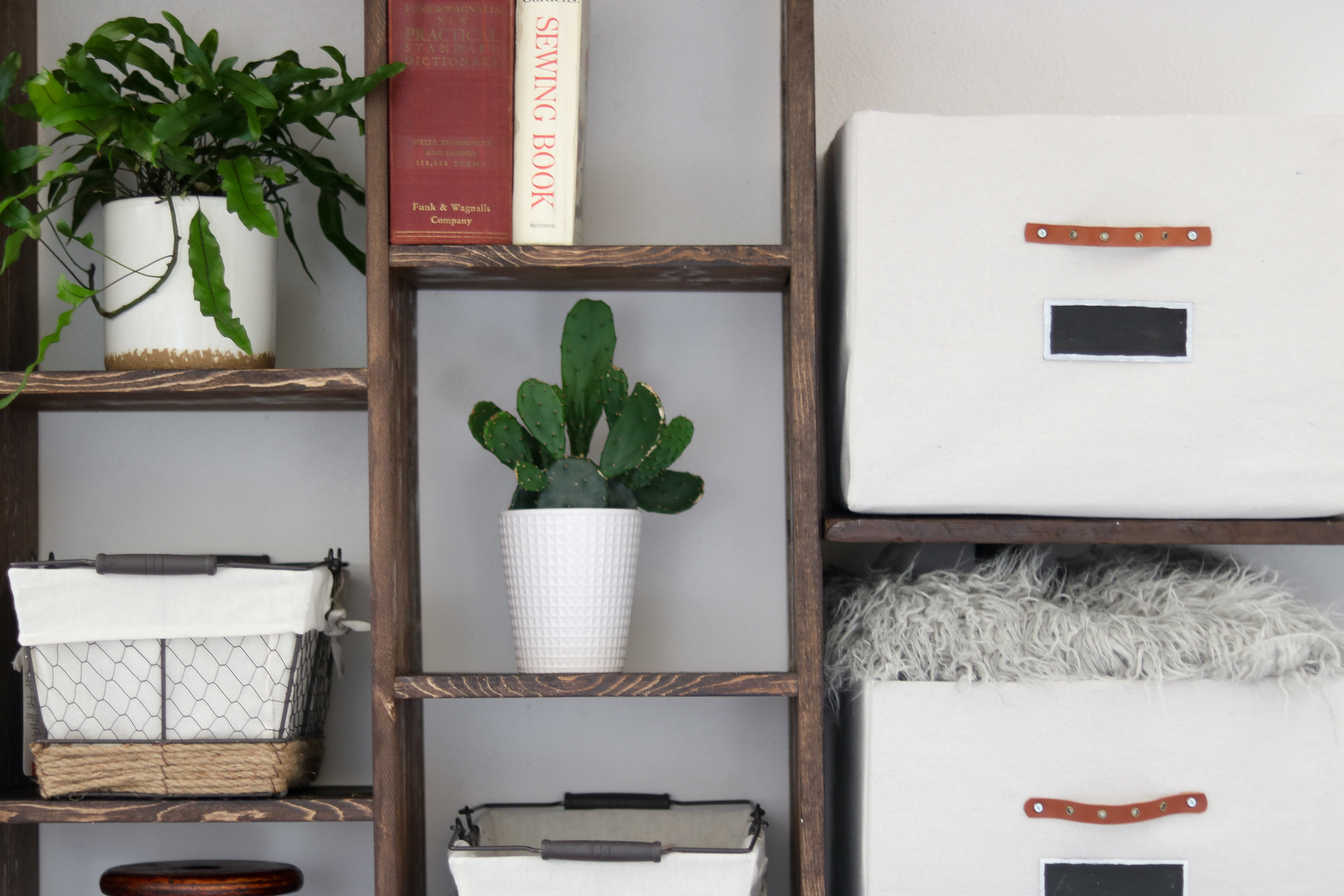 Diy Built In Shelf Storage ONLY COST LilyArdor - Diy built in shelves