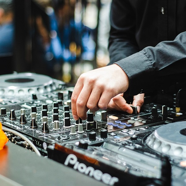 Professional DJs for your Melbourne Wedding