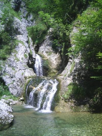 waterfall_again.jpg