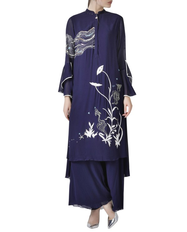 hand-embroidered-kurta-set