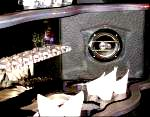 Stretch Escalade Bar