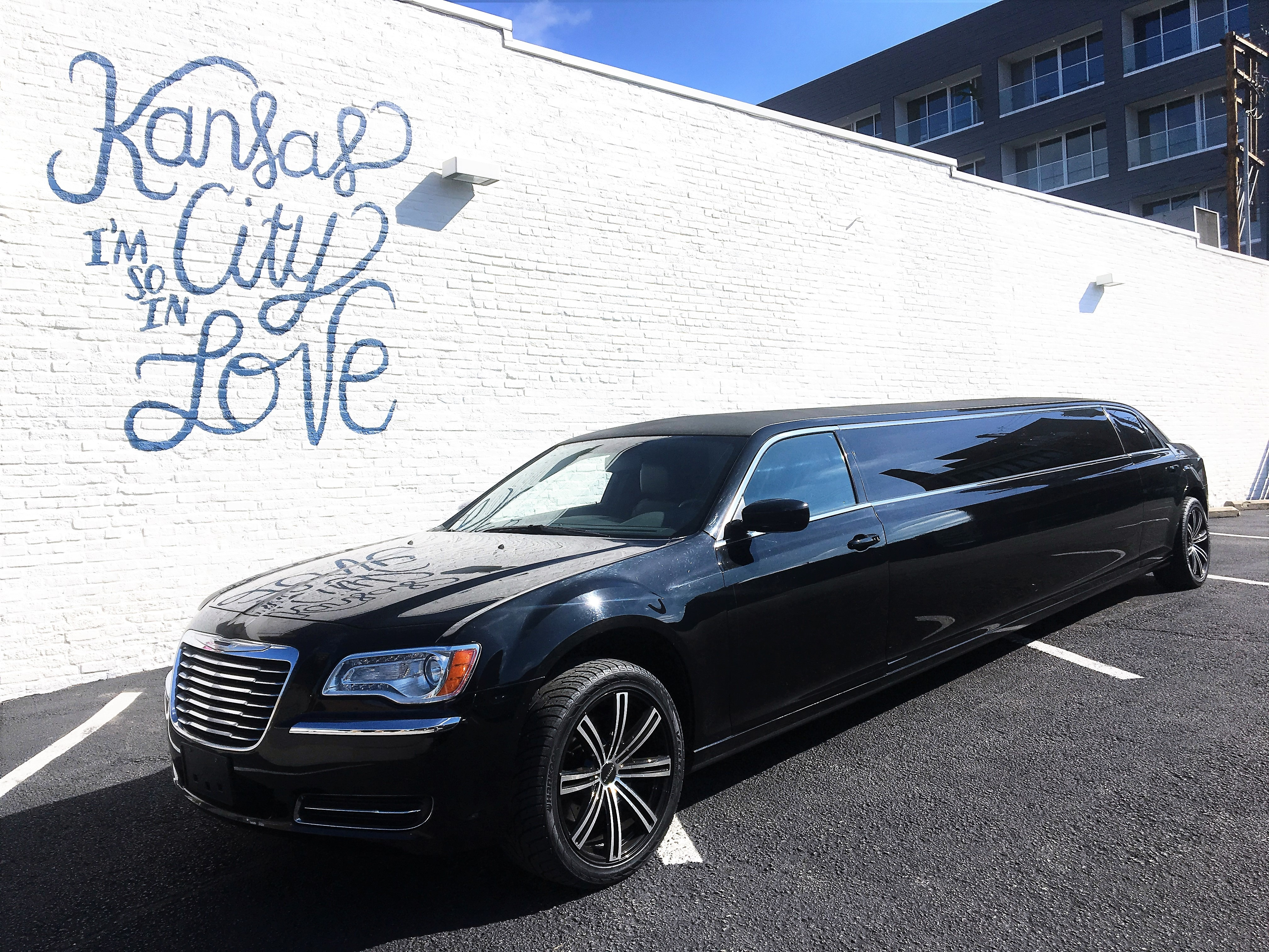 Showtime Transportation Limousine Service Kansas City