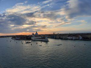 Tramonto sulla laguna di Venzia: Gruppo crociera LimCa travel