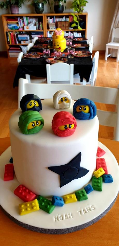 Anniversaire sur le thème des NINJAGO gâteau