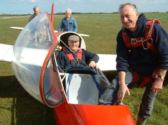 Bert's 12000th flight way back in 2009! (count the noughts!)