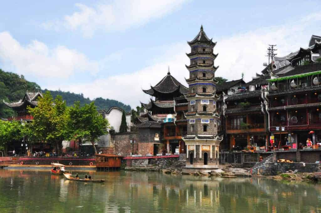 the perfect guide to traveling fenghuang china linda goes east rh lindagoeseast com