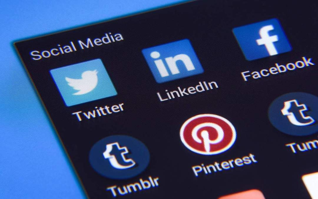 Confidence Building on Social Media