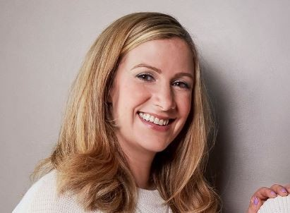 BBC Presenter, Rachael Bland dies of cancer just two days after saying goodbye on Twitter