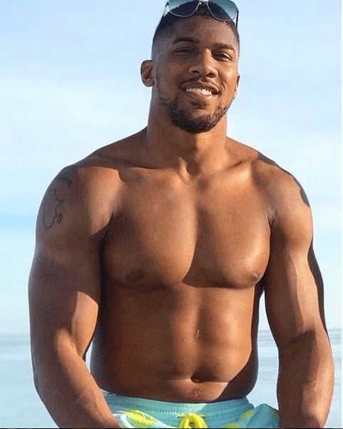 Shirtless photo of Anthony Joshua flaunting his physique on Instagram